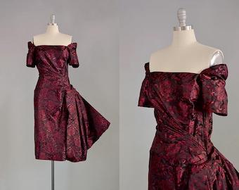 50s Dress // 1950s Red Silk Brocade Dress w/ Hip Flounce // S-M