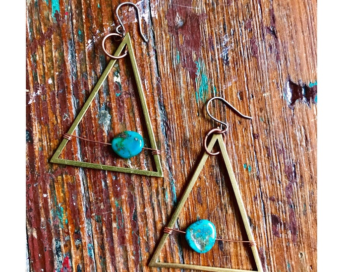 Turquoise Earrings / Large Triangle Earrings / Statement Earrings / Geometric Brass Earrings / Wire Wrapped Earrings / Wire Wrapped Jewelry