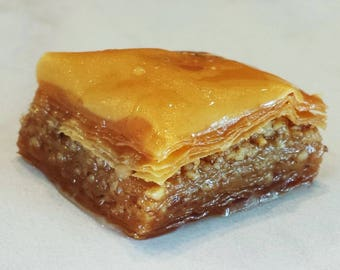48 Classic Walnut Baklava Squares