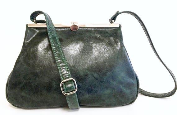 green leather bag , leather handbag , handbag green leather, shoulder bag , bag with strap , handbag with snap