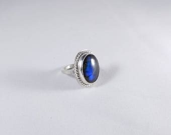 Blue flash Labradorite ring