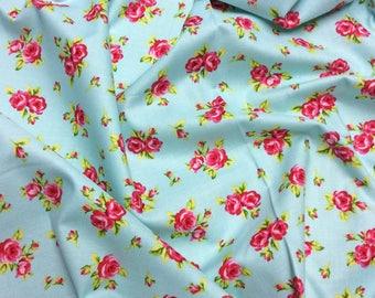Timeless Treasures Tweet C9244 Roses on Aqua Patchwork Quilting Fabric