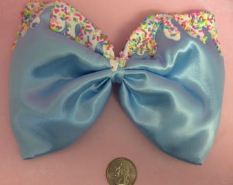 Baby blue satin frosting bow