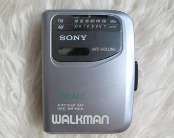 Vintage 1990s SONY WALKMAN Portable am/fm Radio Cassette Player