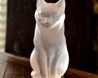 """Lalique France Chat Assis """"Sitting Cat"""" Excellent Condition Signed & Authentic"""