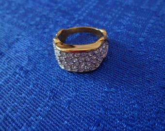 Vintage ELIZABETH TAYLOR RING, 22 K Overlay Ring Size 8, Avon Brilliance Ring,Gold Pave Ring,Retired Avon Jewelry
