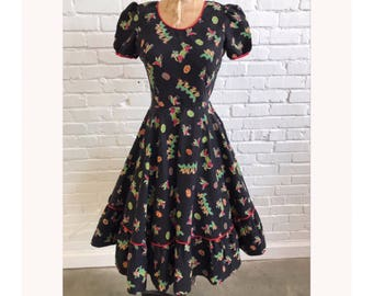 1950s Novelty Print Black Dress // 50s Fit and Flare Gnome Pirate Treasure Chest Dress  // Vintage 1950s Dwarves Dress