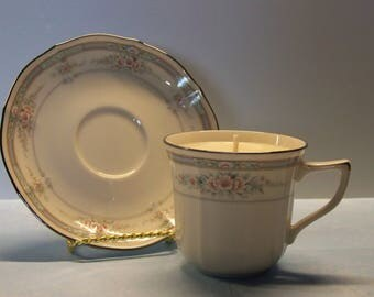 2 in 1 Gift Monkey Bread Noritake Ivory Child Rothschild Vintage Teacup and Saucer Soy Candle