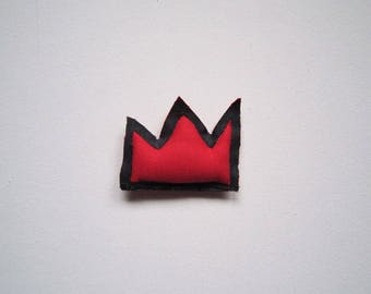 Basquiat Valentine's day red black crown pin special gift tiny brooch textile jewelry gift unisex pop art wearable gift birthday anniversary