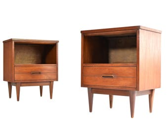 Mid Century Modern Nightstands/End Tables - Vintage Walnut Nightstands - A Pair