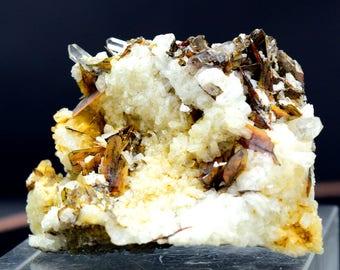 44 Gram Rare Brookite With Quartz Specimen From Balochistan Pakistan ; 47*36*22 mm