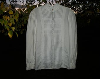 Retro 70s 80s Does EDWARDIAN VICTORIAN GERMANIC Lacey Long Sleeved Old Fashioned Blouse a Touch of Ribbon, 8 to 10