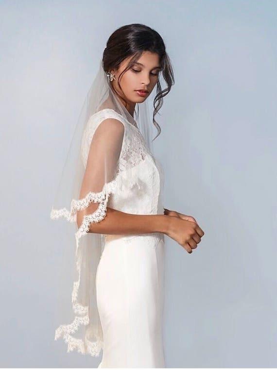 Drop Veil, Cathedral 2 tier Veil, Veil with Lace, Mantilla Veil, Lace Wedding Veil, Chantilly Lace Veil, Lace Wedding Veil, Wedding Veil