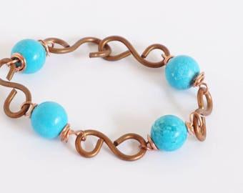 handmade copper  chain bracelet,  copper wire  bracelet,  howlite pearls, stone bracelet, light blue stone, handmade bracelet, beadwork
