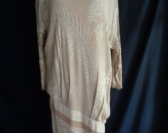 Vintage dress beige and gold flapper style lined