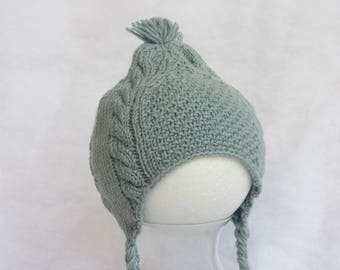 All natural merino baby hat. Size 6-9 months.