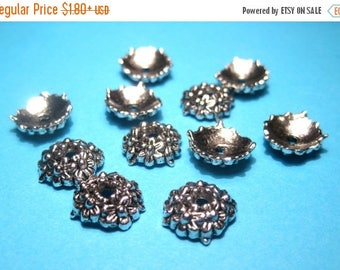 50% OFF Clearance Sale-- Antique Silver Flower Bead Caps 10mm Jewelry Supplies