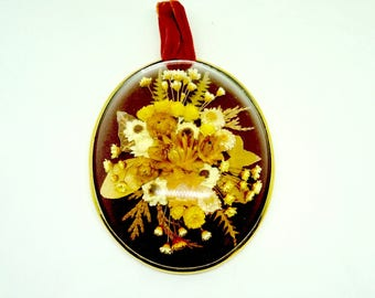 FREE SHIPPING; Oval; Dried Flower Picture; Velvet Hanger; Approx. 4.5 x 3 in. Made in France !!!