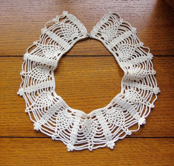 Vintage Handmade Crocheted Lace Collar DIY Clothing, Costumes, Reenactments