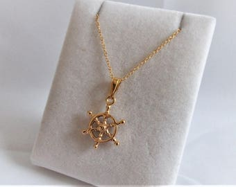18ct Gold over Sterling Silver Ship's Wheel Nautical Pendant Necklace.