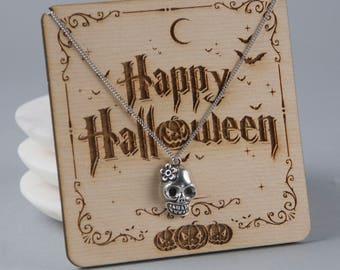 Pretty Skull Necklace, Candy Skull Halloween Necklace (J8+P10/K10)