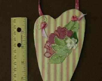 3-D hanging heart