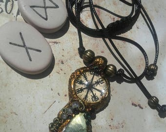 Reserved - Compass Labrador - Vegvisir drawn by hand and Labradorite stone-