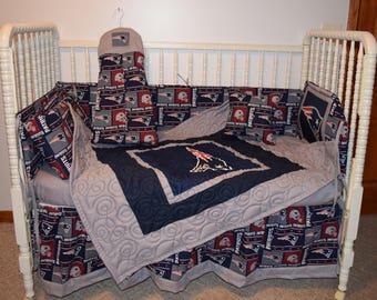 New Crib Nursery Set M/w New England Patriots