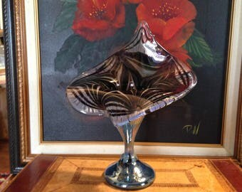 Vintage Jack-in-the-Pulpit  Art Glass Vase - Hand Blown - Home Decor