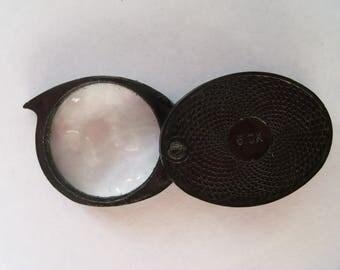 Vintage Pocket Black Folding Magnifying Glass in Hard Plastic Casing - 5.0X