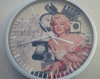 clock wall Marilyn Monroe vintage retro pattern