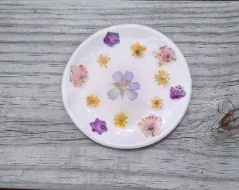 Ring dish jewelry holder polymer clay pressed flowers