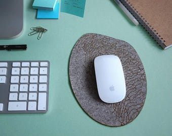"""Shoal"" grey mouse pad"