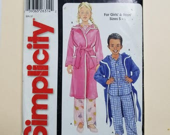 Simplicity Pattern Child Size Small to Large  #5757