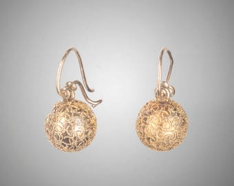 Victorian Etruscan Revival ball earrings 14k