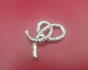 Vintage Gold Colored Pin/Rope Pin