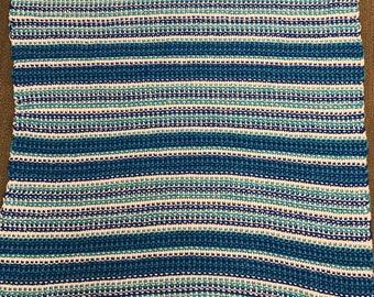 Afghan in beachy colors - 5' x 4.5'