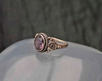 Vintage Silver Pale Amethyst Ring Size I 1/2 (4.5)