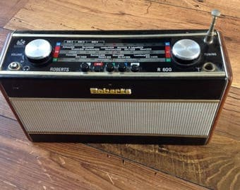 Vintage Roberts Radio R600 battery not included  VHF MW LW