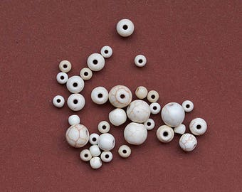 Round stone beads 35 natural Turquoise