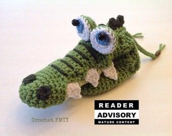 Crocodile willy warmer, willie warmer, peter heater, Crochet, Unique gift