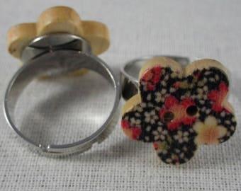 Bague041 - Red wooden flower button ring bottom black