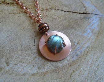 Labradorite on copper necklace / / Bohemian / / nature jewelry