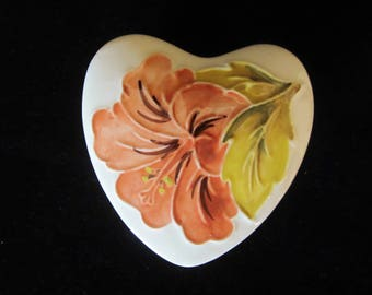 Moorcroft Heart Shaped Trinket Box Hibiscus Pattern- coral color flower, light olive green leaves. Collectible piece. Gift for any occasion!