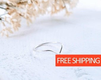Minimalist Sterling Ring   Stackable Ring   Dainty Ring   Sterling Ring   Gift For her   Gift for Mom   Gift for Wife   Sterling Silver Ring