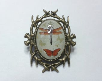 Oval bronze Dragonfly & Butterfly