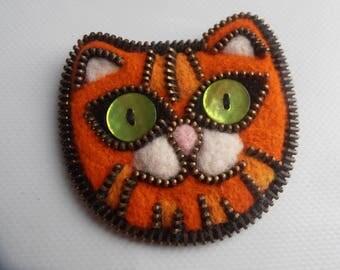 Brooch kitten red felted wool