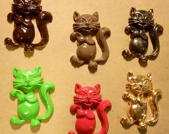 Set of 6 metal colorful cats