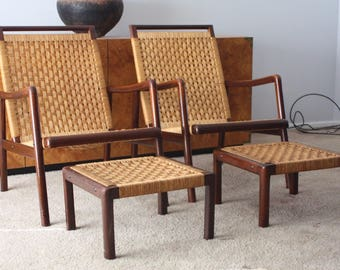 Pair of Mid Century Wicker Lounge Chairs with Ottomans ship FED EX