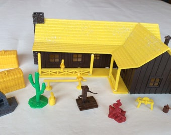 Plasticville O Scale Southwestern Ranch Home